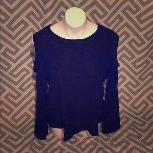 🆕H+M Black long sleeve too with cut shoulder